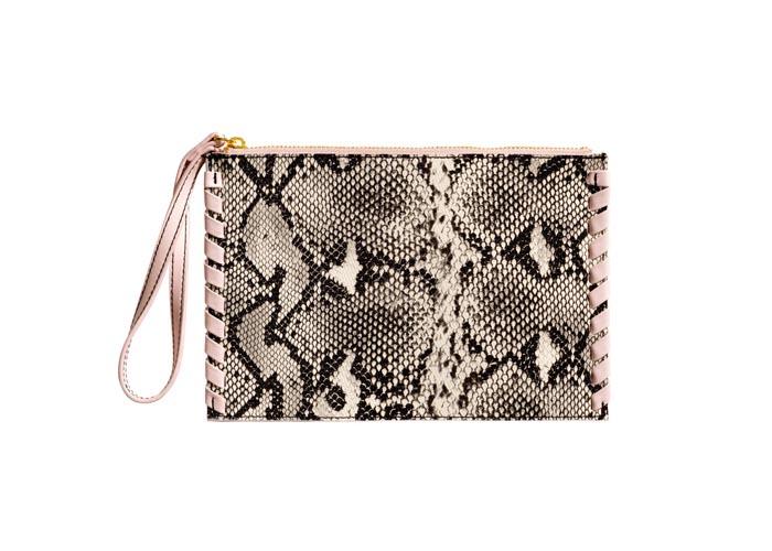 De leukste clutches voor jou! Musthave 2015: mode, fashion, stijl en meer. Bekijk en shop leuke clutches voor jezelf. Tasjes, uitgaanstasjes en meer. Ontdek.