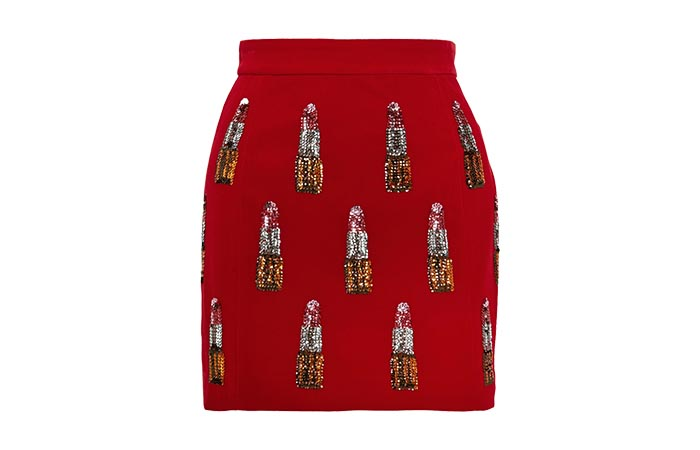 Korte rokjes: musthave voor de feestdagen. Voor de kerst en feestdagen in de maand december: Korte rokjes zijn populair. Met sequins, leer of veren.