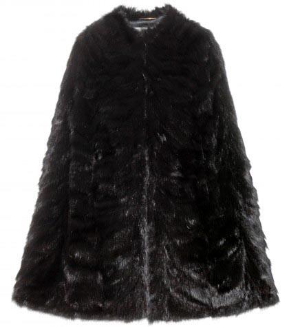 De cape is terug! Trend winter 2014. Alles over de cape: een van de fashion winter items voor 2014-2015. Laat je inspireren door deze nieuwe trend.